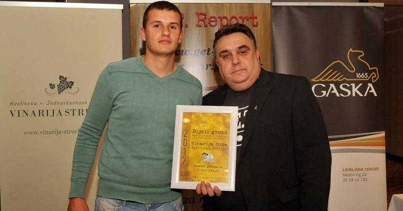 Predstavnik vinarije Dine i Tomislav Stiplošek